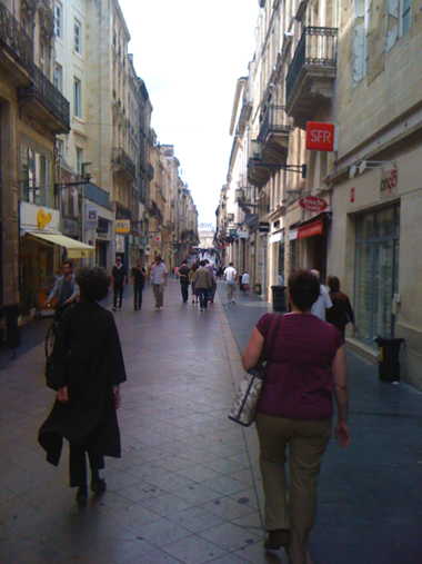 typical Bordeaux Street